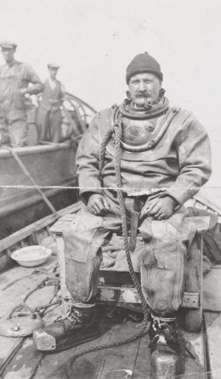Deep sea diver Edward McRobbie
