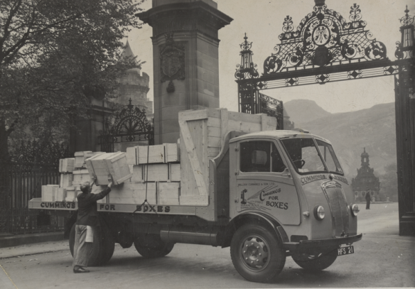 Wm. Cummings & Son delivery van, Palace of Holyrood