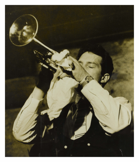 Andrew Lauder playing trumpet