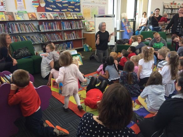 Alison Murray and the Bookbug Library Challenge at Oxgangs Library