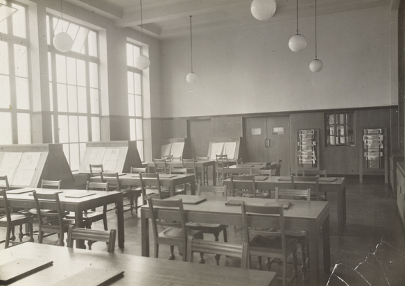 Interior of Fountainbridge Library with tables and chairs